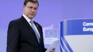 Ντομπρόβσκις: Η Ελλάδα έχει τον υψηλότερο δείκτη κόκκινων δανείων στην Ε.Ε.