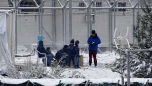 OHE: Φρικτή η κατάσταση στην Ελλάδα - 1.000 άνθρωποι σε μη θερμαινόμενα αντίσκηνα