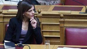 """Αχτσιόγλου: """"Δεν υπάρχουν άβατα και ασυλίες- Οι τράπεζες στο στόχαστρο των ελέγχων"""""""