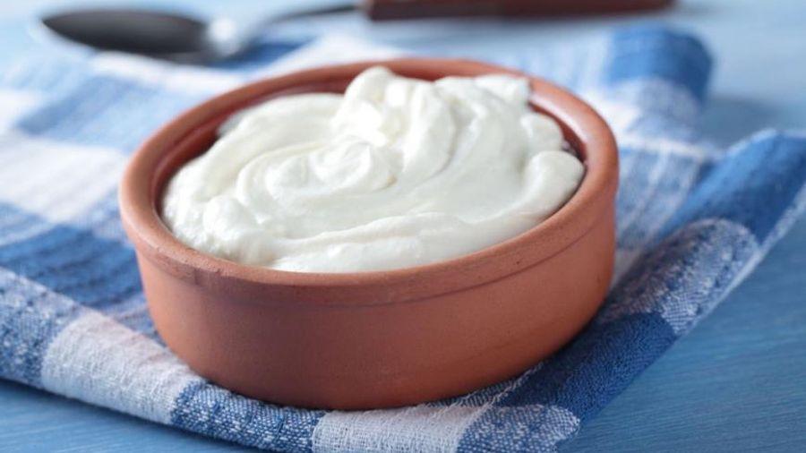 ΣΕΒΓΑΠ: Τα σοβαρά προβλήματα στο «Ελληνικό γιαούρτι» και τη φέτα παραμένουν