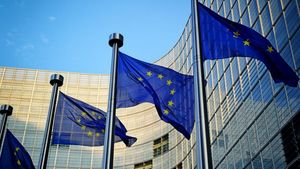 Κομισιόν: Οι ελληνικές τράπεζες λαμβάνουν τα απαραίτητα μέτρα για τα NPLs