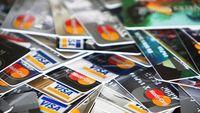 ΥΠΟΙΚ: Έως 3% μείωση ΦΠΑ στις συναλλαγές με χρήση πιστωτικής κάρτας