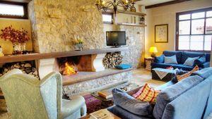 ΔΑΔΙ: Παραδοσιακός ξενώνας στον Παρνασσό