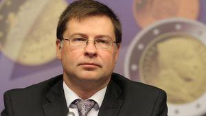 ΕΕ: Ο Dombrovskis προτείνει 6μηνη παράταση μνημονίου για την Ελλάδα