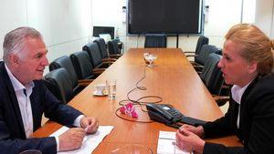 """Δούρου-Παχατουρίδης συζήτησαν για το νέο """"σπίτι"""" της Περιφέρειας Αττικής"""