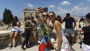 Περιφέρεια Αττικής: Συνάντηση με την ΕΛΑΣ για την ασφάλεια των τουριστών στην Αθήνα