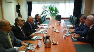 Συνάντηση Δραγασάκη για τις προοπτικές ενίσχυσης της επενδυτικής παρουσίας του Κατάρ στην Ελλάδα