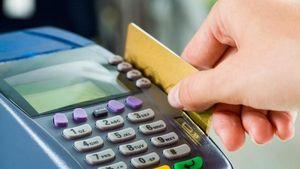 Με κάρτα οι συναλλαγές άνω των 70 ευρώ στα νησιά