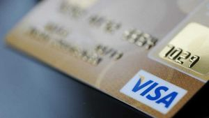 Με κάρτα η πληρωμή των φόρων- Δημοσιεύτηκε στο ΦΕΚ η σχετική απόφαση