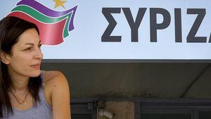 Μυρσίνη Λοΐζου: Την καταγγέλλουν ότι εισέπραττε σύνταξη χωρίς να τη δικαιούται