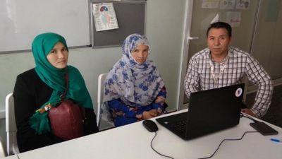 Μια οικογένεια επανενώθηκε μέσω του προγράμματος Trace the Face του Ερυθρού Σταυρού.