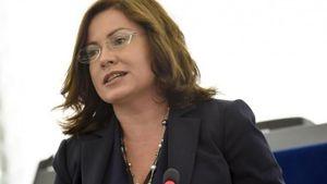 Σπυράκη: Ζητά εξηγήσεις από την Κομισίον για το καθεστώς ΦΠΑ