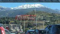 Ουρές χιλιομέτρων έξω από την Πάτρα λόγω τροχαίου νταλίκας με Ι.Χ. αυτοκίνητο