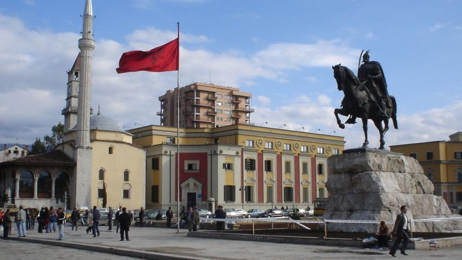 Πάνε Αλβανία οι ελληνικές επιχειρήσεις