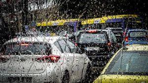 Κυκλοφοριακό κομφούζιο στους δρόμους της Αττικής