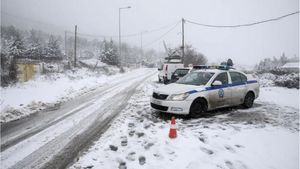 Κακοκαιρία: Ποιοι δρόμοι είναι κλειστοί - Που χρειάζονται αντιολισθητικές αλυσίδες
