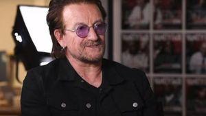 Στην Ύδρα ο Bono των U2 (φώτο)