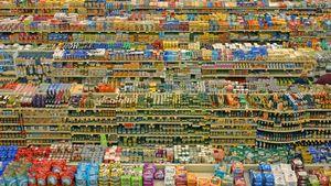 """Οι πολυεθνικές ρίχνουν """"ζεστό χρήμα"""" στη διαφημιστική αγορά για τη στήριξη του λιανεμπορίου"""