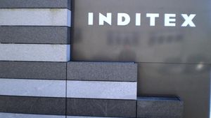 Ιnditex: Αύξηση 5,95% στις πωλήσεις του ομίλου στην Ελλάδα το 2015