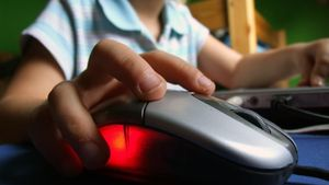 To 21% των μαθητών έχει συναντηθεί με κάποιον που γνώρισε στο διαδίκτυο