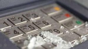 Εκρήξεις σε τρία ΑΤΜ συγκεκριμένης τράπεζας