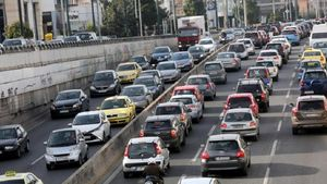Αττική Οδός: Προβλήματα στην κυκλοφορία λόγω καραμπόλας