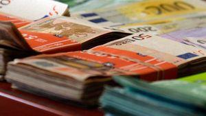 """Bonus """"χρυσή βίζα"""" σε όσους επενδύσουν 400 χιλ. στην Ελλάδα"""