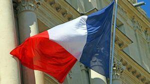 """""""Διευκρινίσεις"""" για τον προϋπολογισμό ζητά από τη γαλλική κυβέρνηση η Ευρωπαϊκή Επιτροπή"""