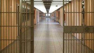 Φυλακές Κασσάνδρας: Τραυματισμός 2 σωφρονιστικών υπαλλήλων σε αιματηρό επεισόδιο