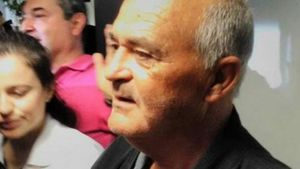 Καρκινοπαθής σε Τσίπρα: Παίρνω σύνταξη 652 ευρώ, πώς θα ζήσω;