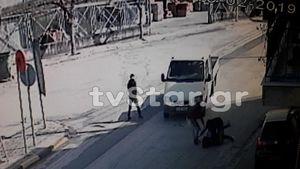 Παιδιά και οι 5 δράστες της ληστείας σε γυναίκα στη Θήβα