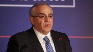 Αποχωρεί από τη Eurobank ο Ν. Καραμούζης