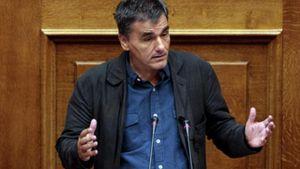 Τσακαλώτος: Ηθική υποχρέωση των τραπεζών να διαθέσουν μετοχές και στους Έλληνες επενδυτές