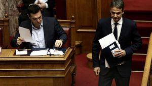 """Προϋπολογισμός 2019: Η ομιλία Τσίπρα στη Βουλή και η """"μάχη"""" με τον Κυρ. Μητσοτάκη"""
