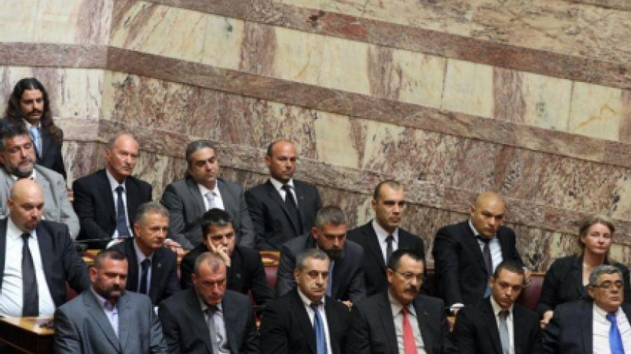 Ένταση στη Βουλή: Παραλίγο να πιαστούν στα χέρια Λαγός- Ξυδάκης