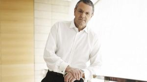 X. Παπαπολύζος: Ένας Έλληνας manager «ανοίγει» την αγορά του Ιράν