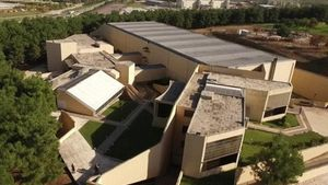 Museums in Short 2018: Ευρωπαϊκά βραβεία για το Διαχρονικό Μουσείο Λάρισας και το Αρχαιολογικό Μουσείο Κυθήρων