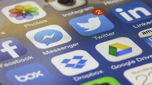 Κομισιόν: Ανεπαρκή τα στοιχεία από Facebook, Google και Twitter για την καταπολέμηση της παραπληροφόρησης