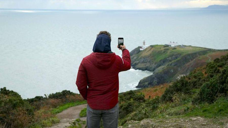 Cosmote: Video κλήσεις από του «Βοδιού το Κέρατο» έως το «Τέλος του Κόσμου» και το «Nowhere»