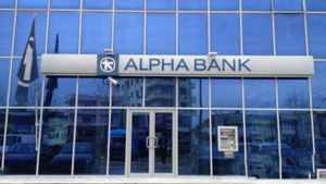 Με ποσοστό 5,96% η BlackRock στην Alpha Bank