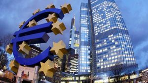 ΕΚΤ: Επιβαρύνθηκε το δημόσιο χρέος από τα μέτρα στήριξης των τραπεζών