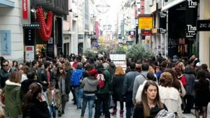 Eurobank: Θετικά σημάδια για την πορεία της ιδιωτικής κατανάλωσης το α' τρίμηνο