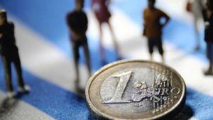 Διατηρούνται οι σταθεροποιητικές τάσεις στην εγχώρια οικονομία