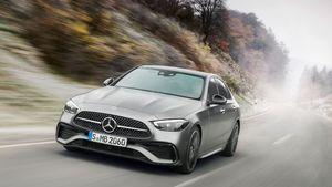 Η Mercedes - Benz παρουσίασε τη νέα C-Class