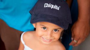 Η Chiquita πρωτοπορεί ανακοινώνοντας την πρώτη αξιολόγηση για τα δικαιώματα του παιδιού