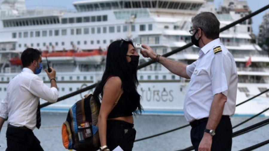 Κορονοϊός: Ταξίδι με πλοίο-Τι πρέπει να έχετε μαζί σας για να ταξιδέψετε