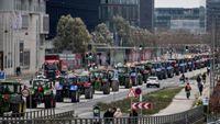 Κορονοϊός – Δανία : Διαμαρτυρία εκτροφέων βιζόν με τρακτέρ στους δρόμους της Κοπεγχάγης