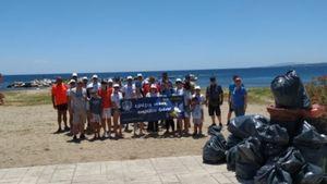 ΕΒΕΝ: Καθαρισμός παραλίας στον Μαραθώνα