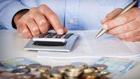 Επαγγελματίες: Έκπτωση 25% και στις εισφορές Απριλίου