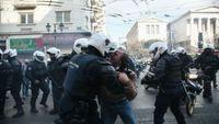 Ένταση και επεισόδια στο κέντρο της Αθήνας - Ρίψη χημικών στο φοιτητικό συλλαλητήριο
